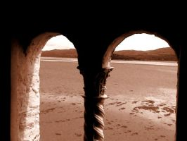 Arch at Portmeirion by countevil