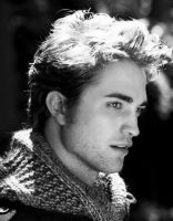 Robert Pattinson. by gbyaln