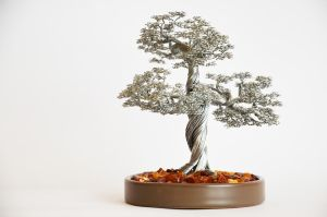 Bonsai Wire tree sculpture decorated with amber by minskis