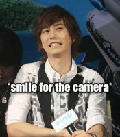 Smile Kyu - mini macro by nympha-nora