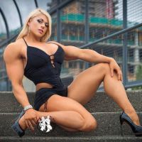 Muscled blond beauty by Turbo99