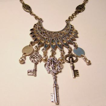 Skeleton Key Dancers Necklace by SteamSociety