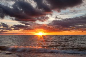 Sunset on the Curonian Spit by khmaria