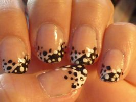 Black and white dots nail art by AnnaS8D