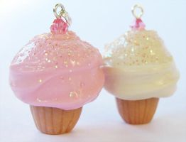 Glittery Jeweled Cupcakes by xlilbabydragonx