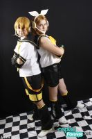 Kagamine Twins Cosplay 05 by EmoHimeChan