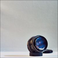 Pentacon Electric 50mm f1,8 by marius-ilie