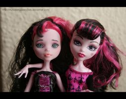 Repainting VS Factory Makeup by MySweetQueen-Dolls