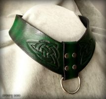 Triquetra collar by rassaku