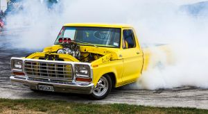 Ford F100 Burnout by MysTicPies