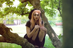 Sarah // Tree II by Contempt-of-Pain