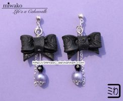 Black Ribbon Earrings by 3timesC