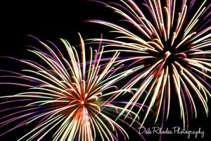 Fireworks 57 by DalePhotography