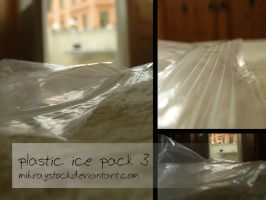 plastic ice pack 3 by Mihraystock