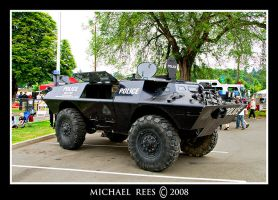 Police SWAT vehicle by Luv2suspendyou