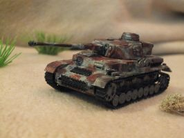 Panzer IV in desert by Baryonyx62