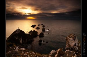 Nugget Point Sunrise by mark-flammable