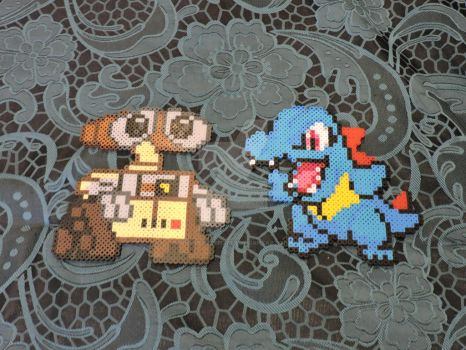 WALL-E and Totodile Perler Sprite by IrishPerlerPixels