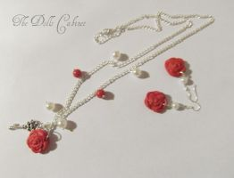 Roses+pearls by Ruzuworld