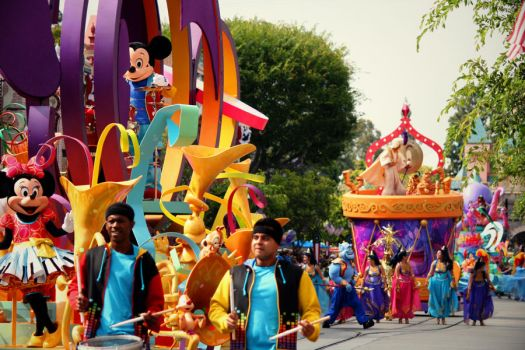 Mickey's Soundsational Parade by DisneyLizzi