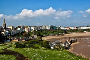 tenby town by CharmingPhotography