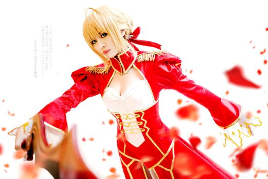 Cosplay : Fate/EXTRA - Saber Nero 2 by yurkary