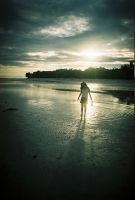 Girl on the Shore by vagrantpsychotic
