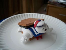 S'more Puft by siraudio