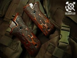 Beretta custom wooden grips by halfdwarf