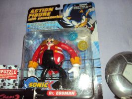 Doctor Eggman Figure by DazzyDrawing