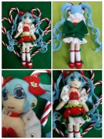 Christmas Miku Detailed version by CocoaSama