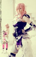 Serah and Lightning Farron (FFXIII-2) by Vespertinea