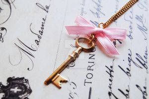 Vintage key necklace by OhlalaMademoiselle