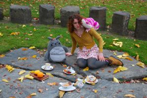 Alice in Fall-land-37 by Evanescent-Chaos