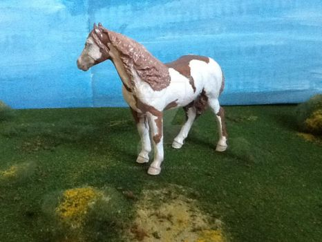 Model Horse Customized Paint Horse (other side) by popmaster101