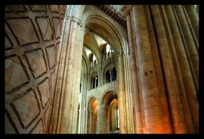 Into the Transept by rorshach13