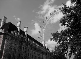 London Eye by LoAiVe