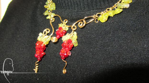 grape vines necklace by garfield-JNC
