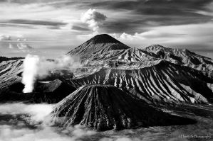 ..:BROMO:.. by silentview