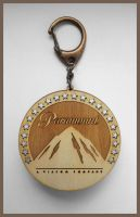 PARAMOUNT - wood keyring by Piciuu
