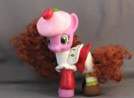 G4 Strawberry Shortcake 1 by enchantress41580