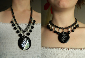 Two Way Black and Silver Necklace by DOC-Ash1391