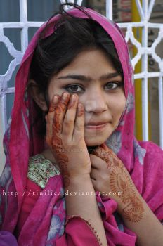 Girl with henna hands by Tinilica
