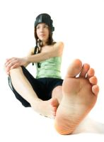 chiara and the foot by glicerina
