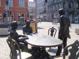 Lodz Manufacturer's statue by Woolfred