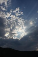 bue shinny clouds by Almairis