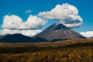 Mt. Ngauruhoe by llikdaor