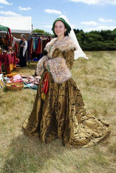 Houppelande, full length by medieval-squirrel