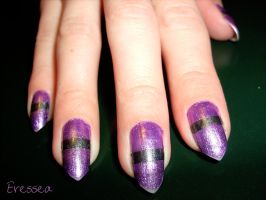 Purple nails with grey line by eresseayesta