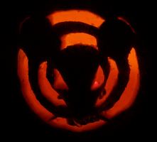 Pumpkin Carving - Halloween 2012 by VoiceActressKurutta